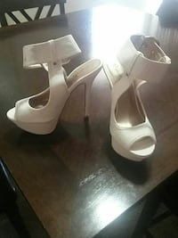 White gold buckle ankle strap heel New Carrollton, 20784