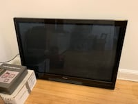 50 inch Hitachi great condition 3 years old, great clear clean pic, like new!  Stratford, 06615
