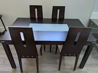 Dining Table and Chairs in Excellent Condition! TORONTO