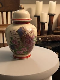 "Japan cream color porcelain vase with lid ""9""tall Ashburn, 20147"