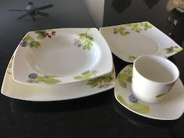 20 pieces dinnerware set