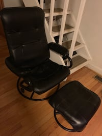 black leather padded rolling chair Annandale, 22003