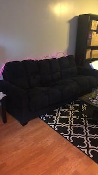 Black futon-couch Montgomery Village, 20886