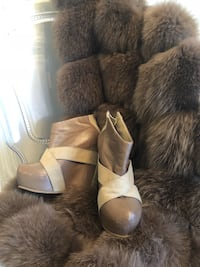 Leather wedge booties size 7 Calgary, T2X 0M7