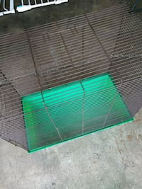 green and black pet cage Wonder Lake, 60097