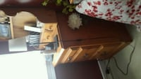 5 piece bedroom set, good condition Abbotsford, V2S 5N6