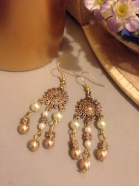 Dangling Earrings  Edmonton, T5W 2L5