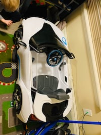 6V BMW i8 ride on toy by Rollplay