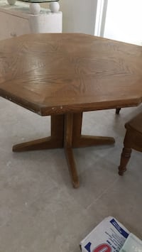 Dining Table  solid wood Lighthouse Point, 33064