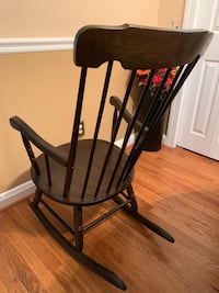 Rocking chair solid wood good condition