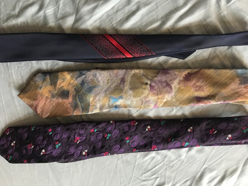 Set of ties 2