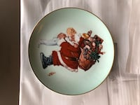 """Santa Loves You "" Christmas Plate Buffalo Grove, 60089"