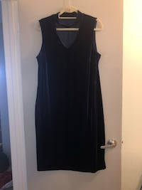 Need a dress for the holidays? How about this gorgeous velvet dress 1X Edmonton, T6L 6P5