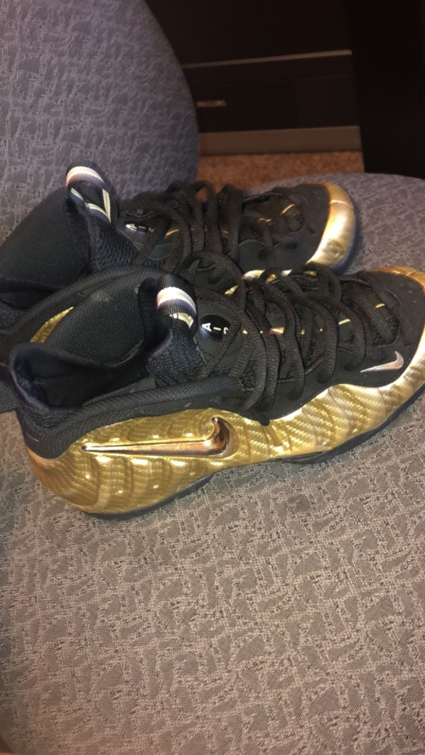 c53626adc Used Nike Foamposites Shoes Size 8 for sale in Morrow - letgo