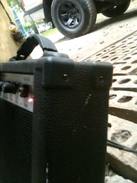 guitar amp small amp great for practicing in your room or in a garage Norfolk, 23518