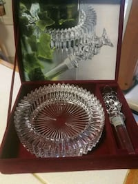 round clear glass bowl with box Mississauga, L5N 3S2