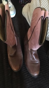 pair of brown leather cowboy boots Rancho Cordova, 95670