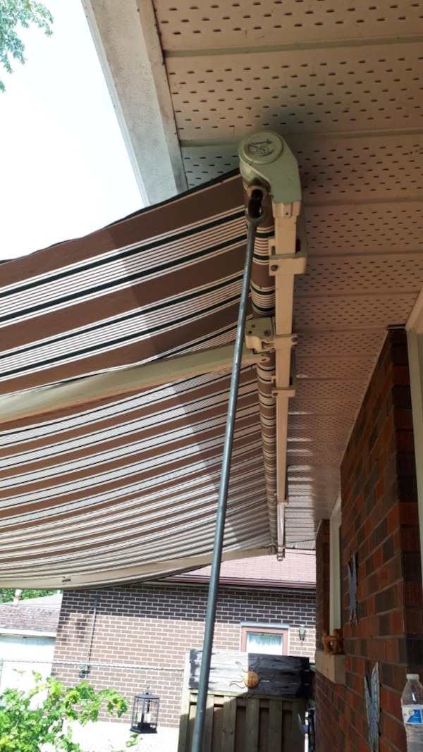 Awning 16 feet by 10  works well  6a624887-4afd-4af9-a9c7-f2647626ec3d