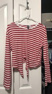 Striped long sleeve tied crop Nanaimo, V9S 5S6