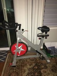 Sunny Health and Fitness indoor bike with cloud 9 seat Ripon, 95366