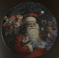 """Santa with Toys 8"""" Decorative Plate"""