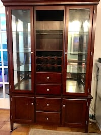 Beautiful cherry wood armoire that lights up. Originally over $1,000 and in good condition New York, 11212
