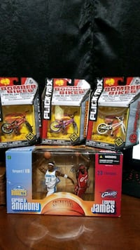 Lebron james and Carmelo Anthony collectables and 3 flick trix. Pegram, 37143