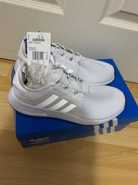 Brand New White Adidas Sneakers Burnaby, V5C 4S7