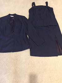 Navy three piece suit size 18 used Plainview, 11803