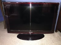 Samsung Flat-Screen LCD  TV 2392 mi