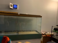 Fish tank and stand obo Frederick, 21703