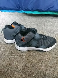 Boys size 2 Worcester, 01607