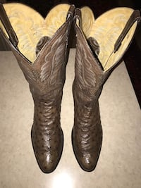 Full Quill Ostrich Boots Farmers Branch, 75234