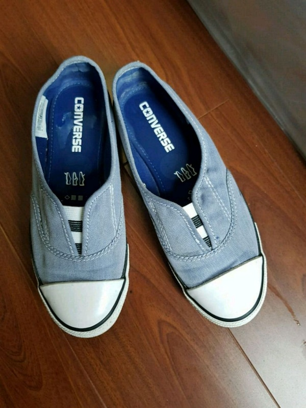 1398cfd56aff61 Used Converse ladies shoes Size 6 for sale in Toronto - letgo
