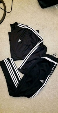Adidas Outfit  899 mi