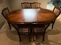 Almost new, Solid Wood, Dining Set Nashville, 37203