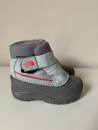 Kids Size:8 The North Face Snow Boots