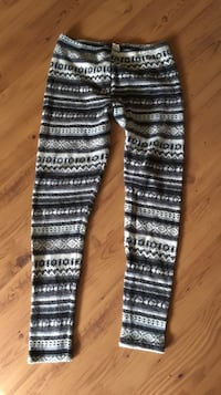 Winter themed leggings  Caldwell, 83605