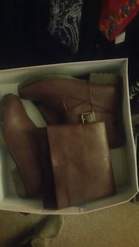 Size 11 boots from just fab Kitchener, N2C 1S8