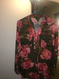 Green and pink floral long-sleeved shirt HYATTSVILLE