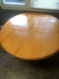 Kitchen table(with leaf)