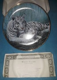 """""""White Tigers"""" HA2098 Collector Plate by Michael Matherly Orange Park"""