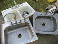 Sink with faucet great condition Pennsauken Township, 08110