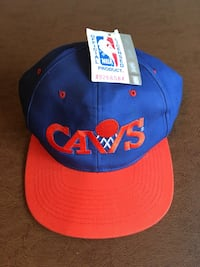 red and blue Cavs fitted cap Perry, 44081