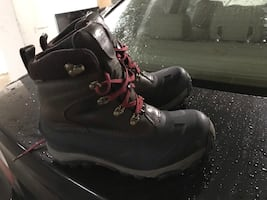 North Face boots size 10