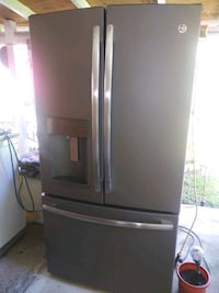 GE FRENCH DOOR FRIDGE