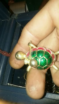 jeweled gold-colored turtle pendant Jeffersonville, 47130