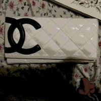 Chanel wallet null