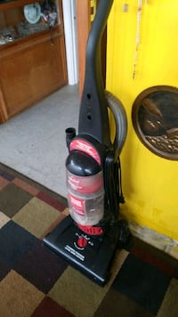 black and red upright vacuum cleaner Fredericksburg, 22406