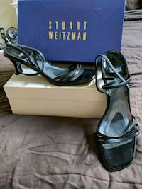 Stuart Weitzman Carefree White Plains, 10606